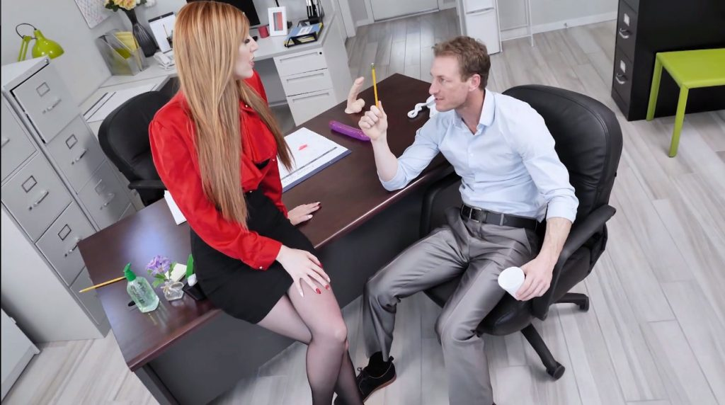 19_01_02_lauren_phillips_office_sex_shes_the_boss_2